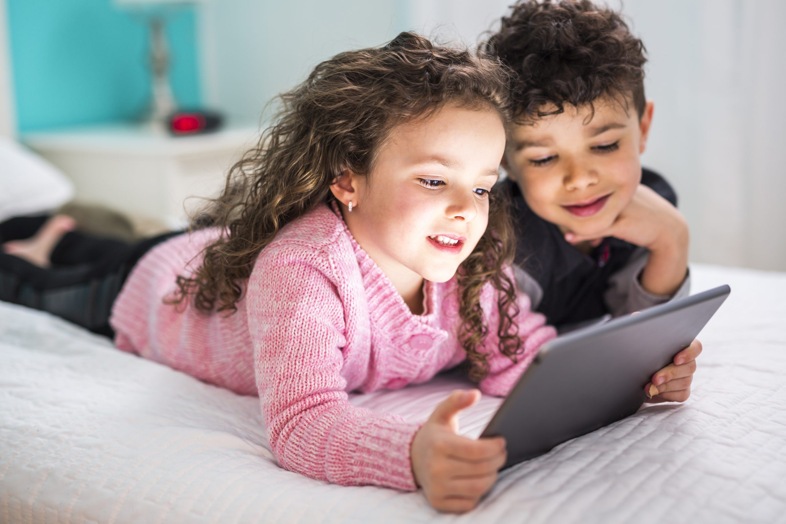 Thanks to Digital Media, Kids Are Growing Up Faster
